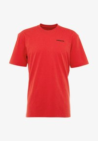 Patagonia - LOGO RESPONSIBILI TEE - Camiseta estampada - fire - 3