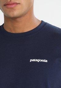 Patagonia - LOGO RESPONSIBILI TEE - T-shirt med print - classic navy - 3