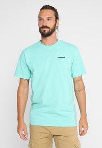 Patagonia - LOGO RESPONSIBILI TEE - T-shirt med print - vjosa green - 0