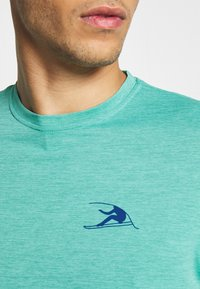 Patagonia - CAP COOL DAILY GRAPHIC - Camiseta estampada - turquoise - 5