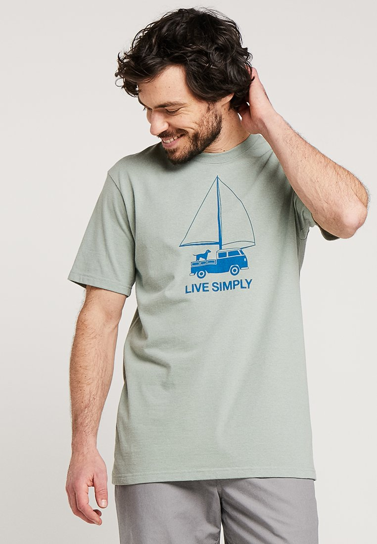 Patagonia - LIVE SIMPLY WIND POWERED RESPONSIBILI TEE - T-shirt med print - celadon