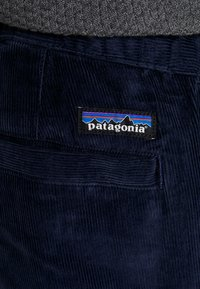 Patagonia - ORGANIC PANTS - Spodnie materiałowe - neo navy - 3
