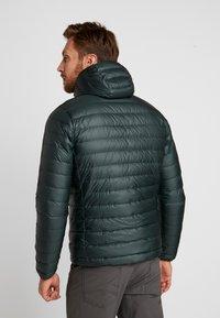 Patagonia - HOODY - Down jacket - carbon - 0