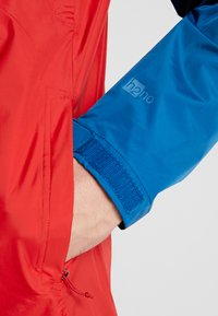 Patagonia - TORRENT - Outdoorjas - big sur blue/fire red - 3