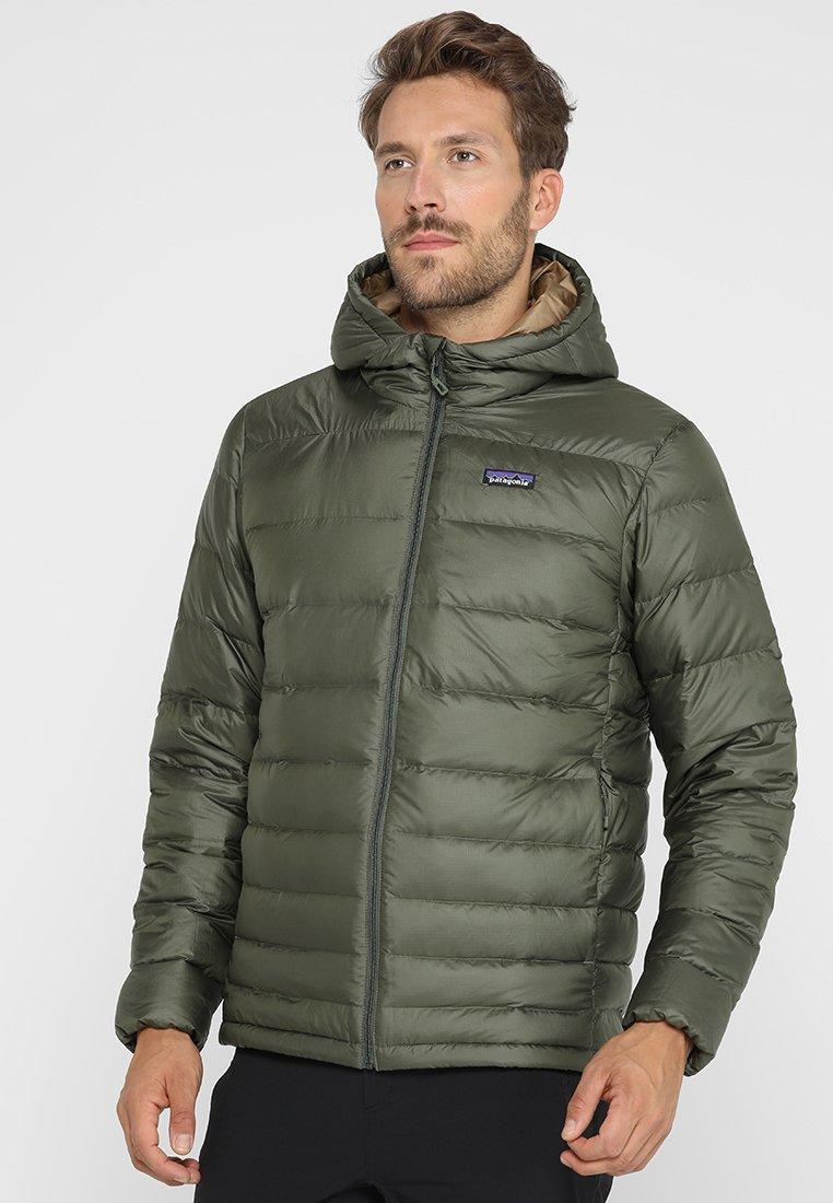Patagonia - HOODY - Gewatteerde jas - industrial green