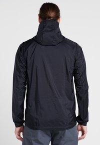 Patagonia - HOUDINI - Outdoorová bunda - black - 2