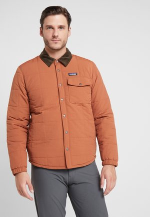 ISTHMUS QUILTED - Giacca invernale - sisu brown
