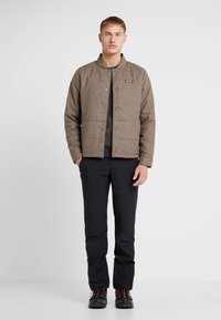 Patagonia - BOMBER - Outdoorjas - bristle brown - 1