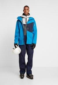 Patagonia - SNOWDRIFTER - Ski jacket - balkan blue - 1