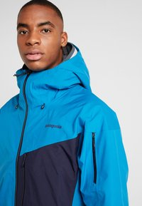 Patagonia - SNOWDRIFTER - Ski jacket - balkan blue - 3