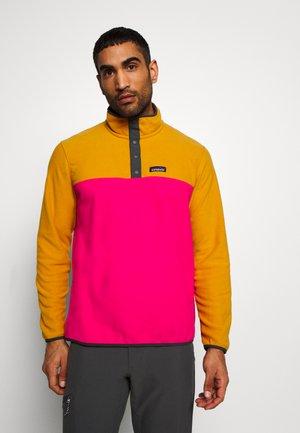 MICRO SNAP - Bluza z polaru - ultra pink