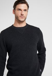 Patagonia - OFF COUNTRY CREWNECK - Sweter - forge grey - 3