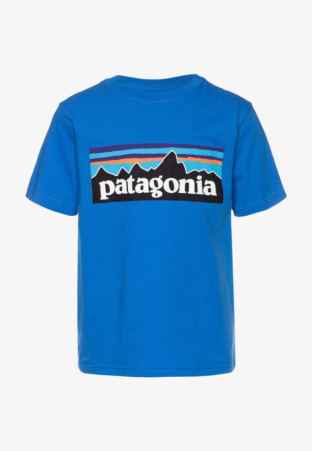 LOGO ORGANIC - T-shirt imprimé - bayou blue