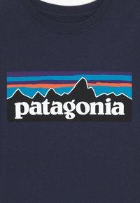 Patagonia - LOGO ORGANIC - Triko spotiskem - new navy - 3