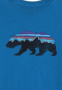 Patagonia - GRAPHIC ORGANIC - Long sleeved top - balkan blue - 4