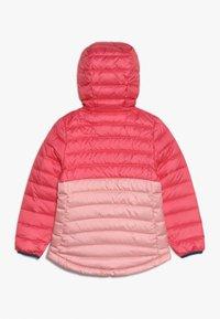 Patagonia - GIRLS REVERSIBLE HOODY - Down jacket - range pink - 1