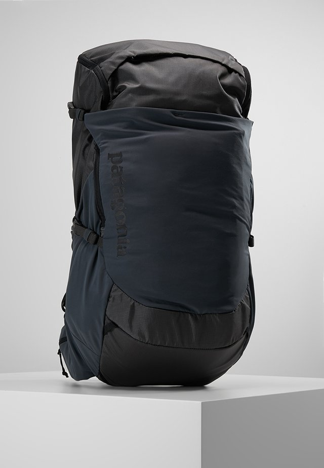 NINE TRAILS PACK 28L - Retkeilyreppu - forge grey