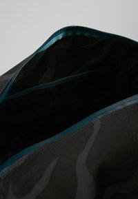 Patagonia - PLANING DUFFEL BAG 55L - Matkakassi -  ink black - 4