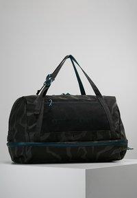 Patagonia - PLANING DUFFEL BAG 55L - Matkakassi -  ink black - 2
