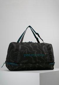 Patagonia - PLANING DUFFEL BAG 55L - Matkakassi -  ink black - 0