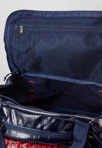 Patagonia - BLACK HOLE DUFFEL 40L - Sports bag - classic navy - 5