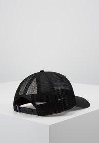 Patagonia - LOGO TRUCKER HAT - Keps - black - 3