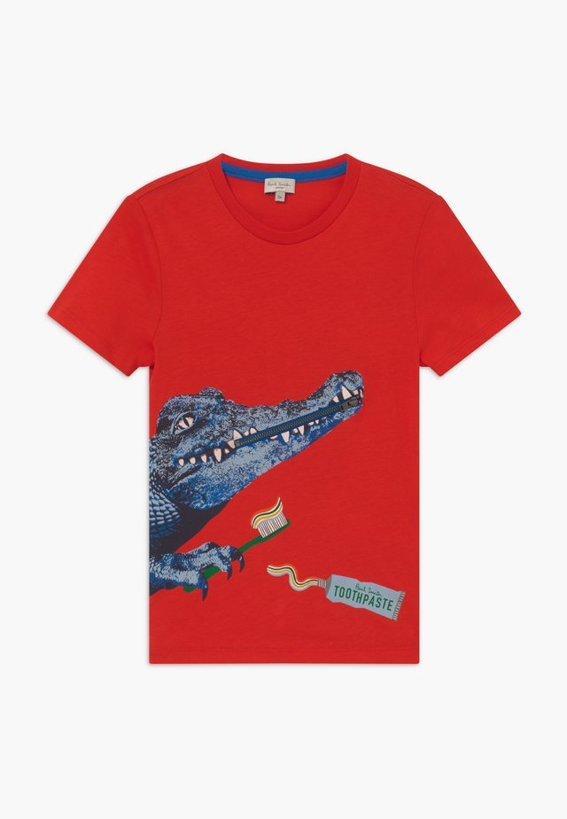 ADAM - T-shirts med print - scarlett red