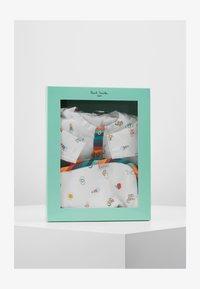 Paul Smith Junior - BABY PIETRO  - Regalo per nascita - off-white - 3