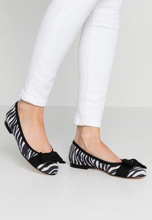 Ballet pumps - bianco/nero