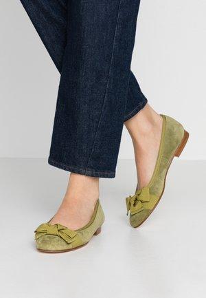 Ballet pumps - olive/pistacchio