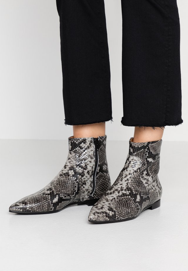 Classic ankle boots - pintone antra