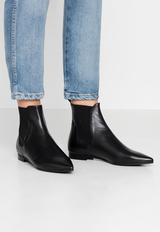 Classic ankle boots - alaska nero