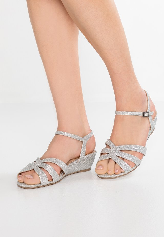 JACKIE WIDE FIT - Wedge sandals - silver glitter
