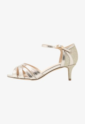 WIDE FIT HEATH - Sandals - champagne