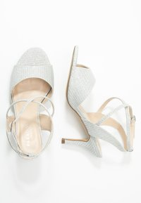 Paradox London Wide Fit - WIDE FIT HADORA - Sandály - silver - 3