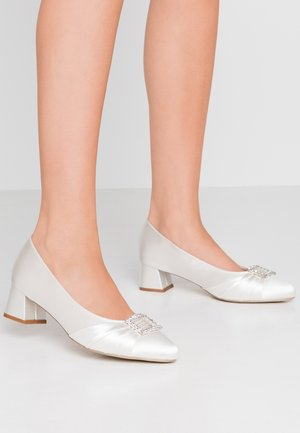 BRITNEY WIDE FIT - Zapatos de novia - ivory