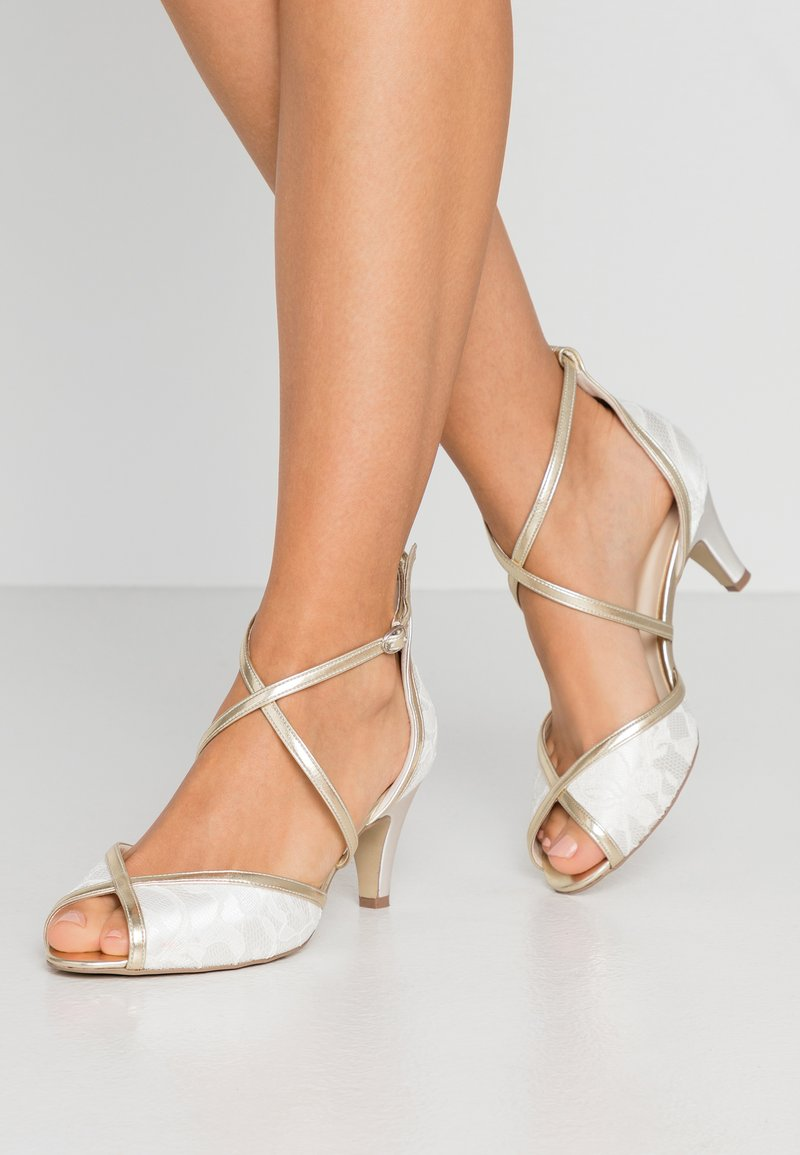 Paradox London Wide Fit - WIDE FIT BABEL - Bridal shoes - ivory/champagne