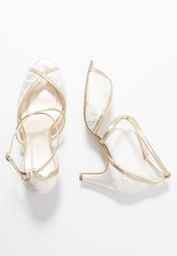 Paradox London Wide Fit - WIDE FIT BABEL - Bridal shoes - ivory/champagne - 3
