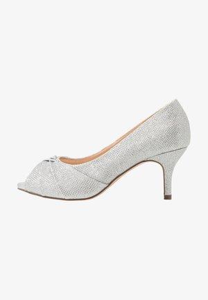 WIDE FIT GABRIELLE - Klassieke pumps - silver