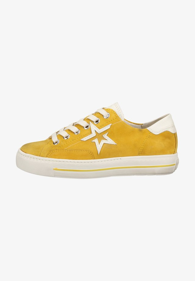 Baskets basses - mustard yellow/white