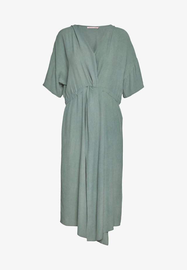DRESS SOLO TWIST - Sukienka letnia - ivy green