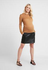 Paula Janz Maternity - LONG SLEEVE - Bluzka z długim rękawem - sand - 1