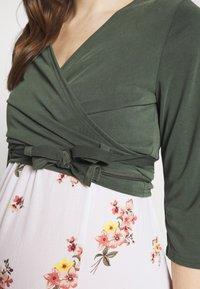 Paula Janz Maternity - WRAP - Long sleeved top - jungle green - 4