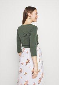 Paula Janz Maternity - WRAP - Long sleeved top - jungle green - 2