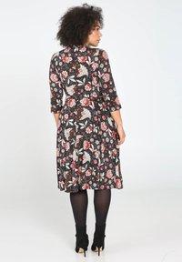 Paprika - MIT FLORALEM PRINT - Robe chemise - multi-coloured - 2