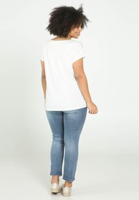 Paprika - SMILE - T-shirts print - beige - 2