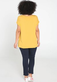Paprika - SUNSHINE - T-shirt con stampa - ocher - 2