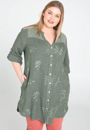 MIT STICKEREIEN UND PAILLETTEN - Button-down blouse - khaki