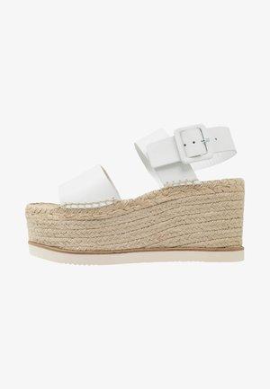 MATSUKO - Sandalen met hoge hak - white