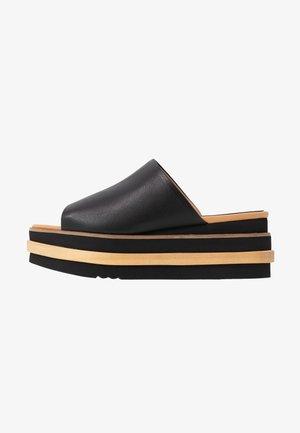 MUSHA  - Pantofle na podpatku - black